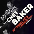 At Onkel PÖs Carnegie Hall Hamburg 1979 von Chet Baker für 23,99€
