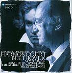 Dirigiert Beethoven von Nikolaus Harnoncourt für 29,99€
